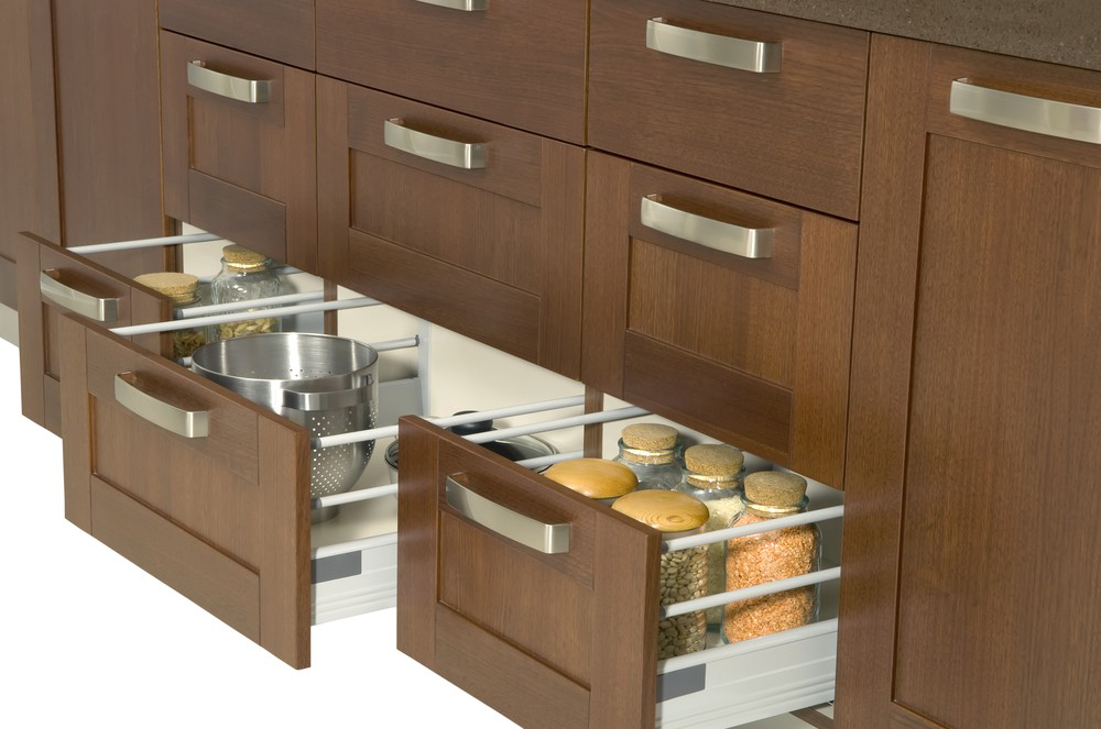 What are the application fields and types of drawer slide?